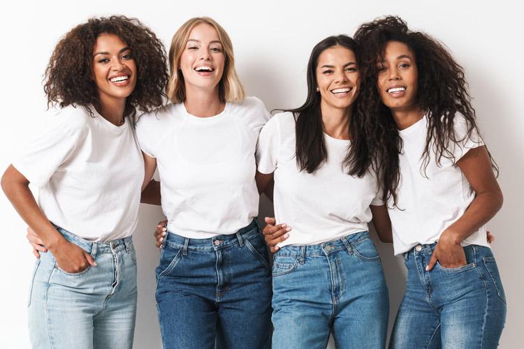 four-young-multiracial-women-friends